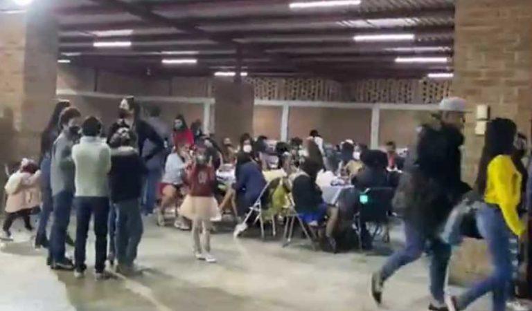Policías 'arruinan' bodas, 15 años y bautizos en Guanajuato; desalojan a cientos por Covid-19