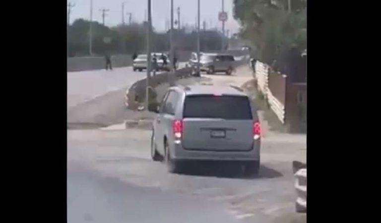 Así quitan sicarios vehículos a ciudadanos en Puente Internacional Reynosa–Pharr | VIDEOS