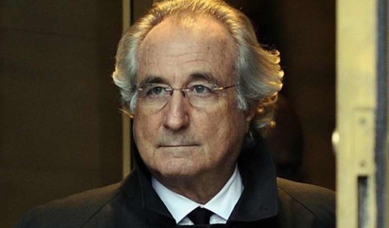 Muere Bernie Madoff, autor de la estafa Ponzi más grande de la historia
