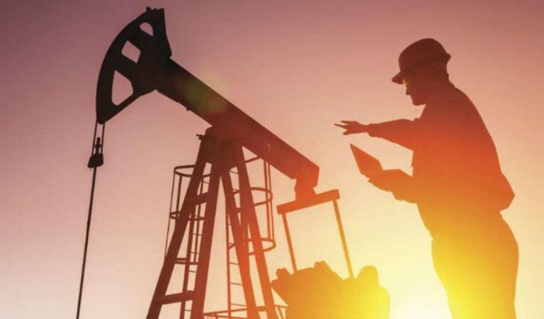 Opositores advierten que reforma petrolera de AMLO, pretende 'expropiar' a extranjeros
