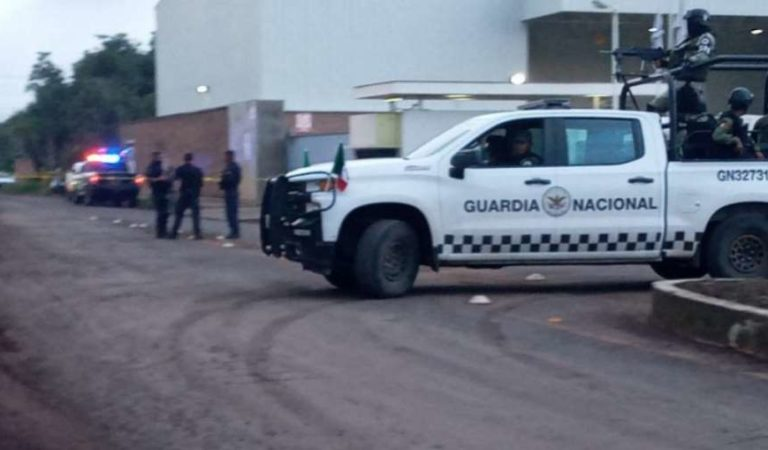 Comando armado ataca a brigada de vacunación en Michoacán