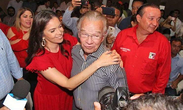 PRI-PAN, registra como candidatos a Andrés Granier y su hijo