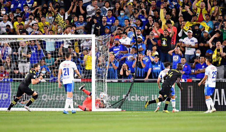 ¿Cruz Azul la vuelve a cruzazulear? cae en la final de Campeones Cup